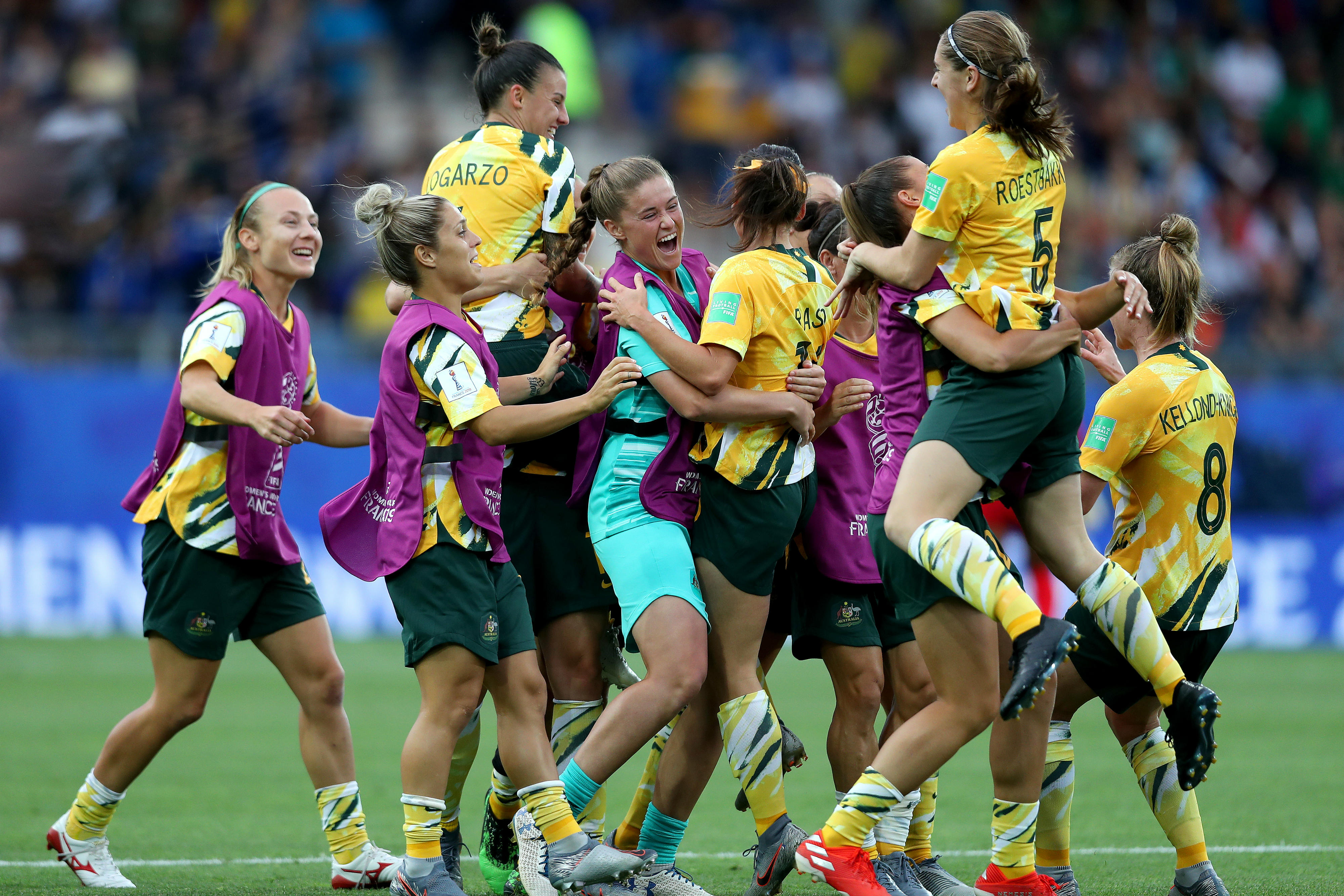 Australia come from two goals down to beat Brazil 3-2 at 2019 FIFA Women's World Cup