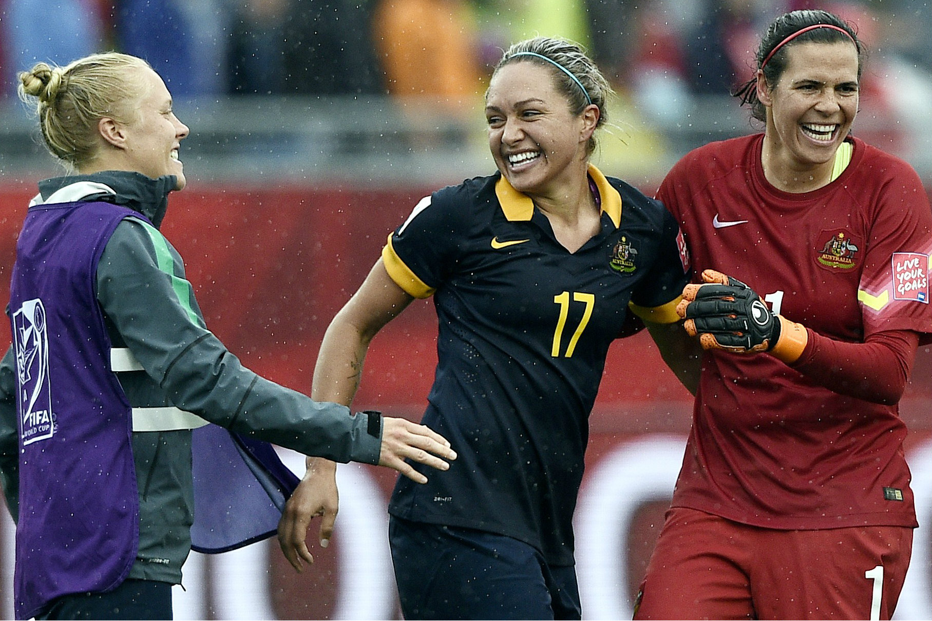 Kyah Simon pounces to beat Brazil 1-0 at 2015 FIFA Women's World Cup as Westfield Matildas win Australia's first knockout match at the tournament