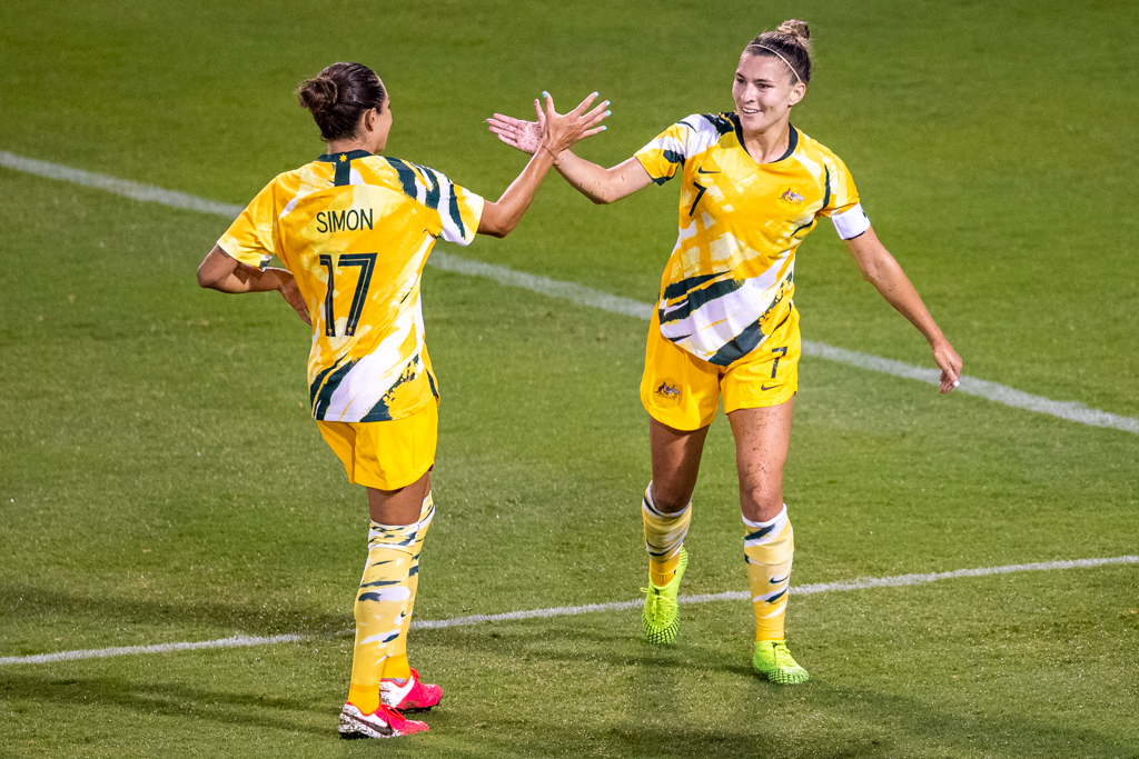 Steph Catley making Kyah Simon feel welcome on her long-awaited return to Westfield Matildas action