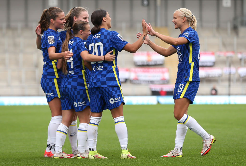 Chelsea celebrate their 6-1 victory over Manchester United (Photo: GettyImages)