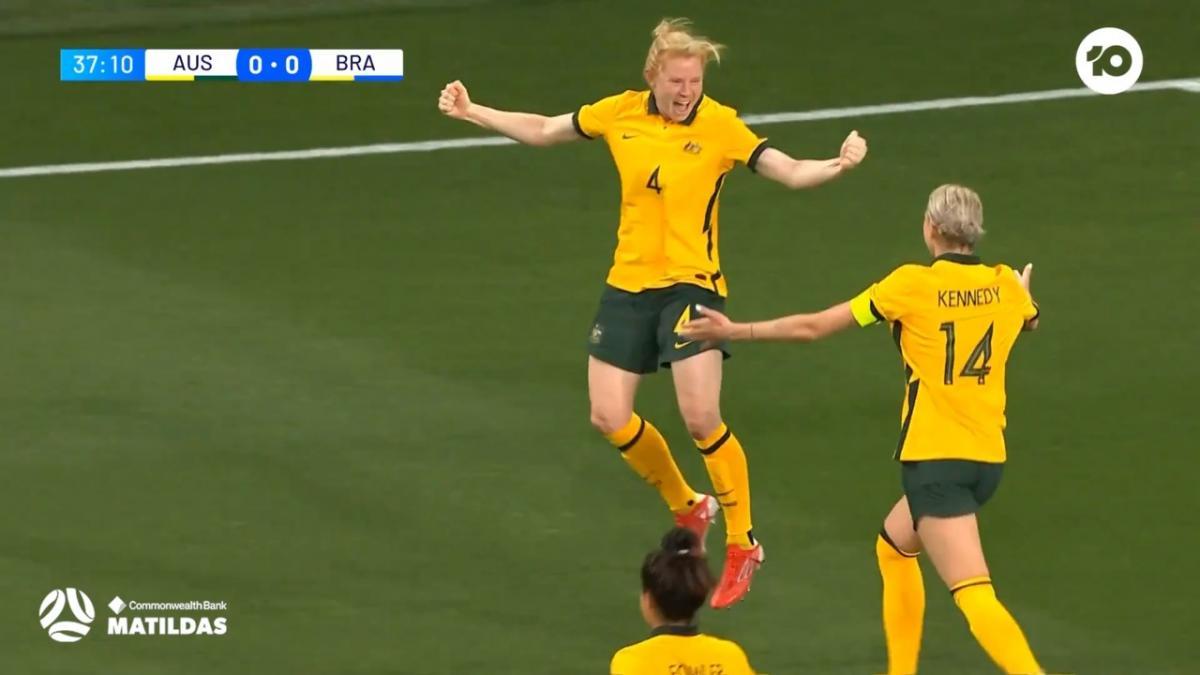 GOAL: Polkinghorne opens the scoring | CommBank Matildas v Brazil