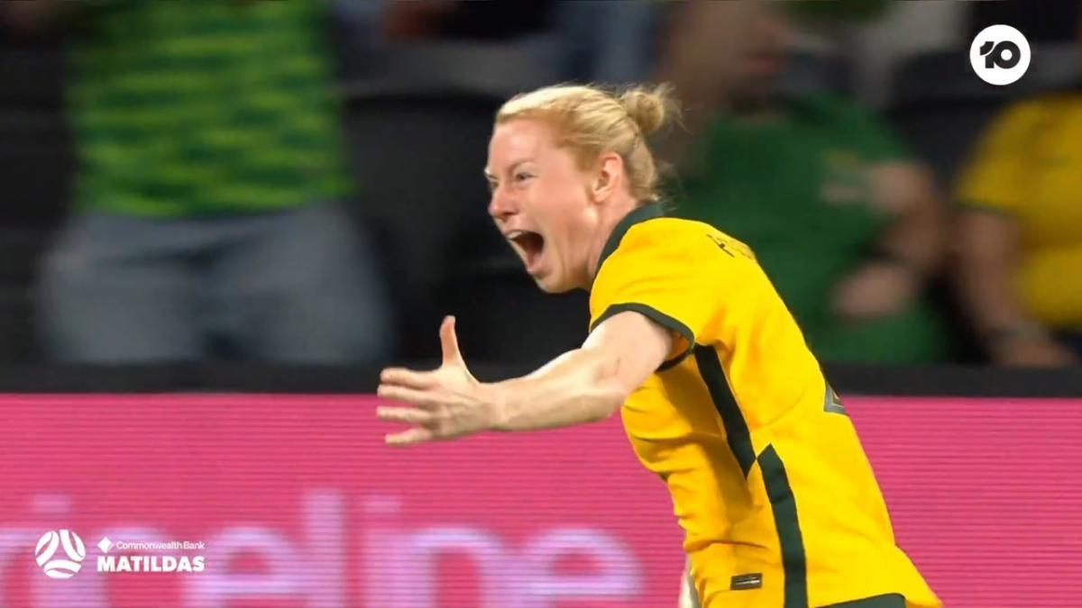 GOAL: Polkinghorne on target AGAIN | CommBank Matildas v Brazil