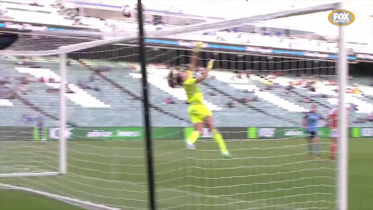 Mackenzie Arnold Westfield W-League highlights