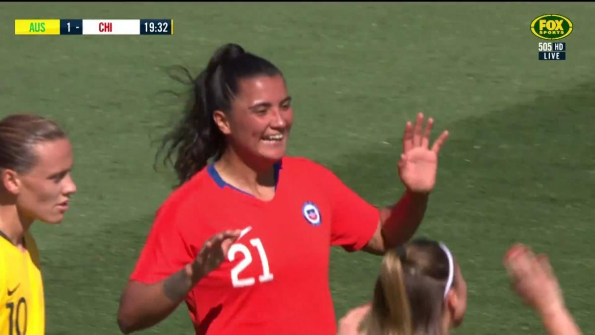 Chile equalise through Francisca Lara