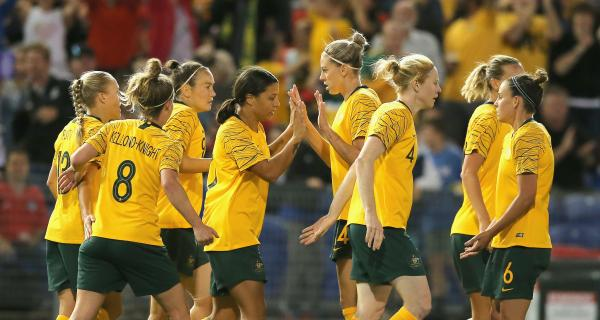 Foord and Kerr's Westfield Matildas reunion inspires five-star performance