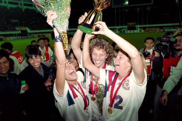 USA women lift 1991 World Cup
