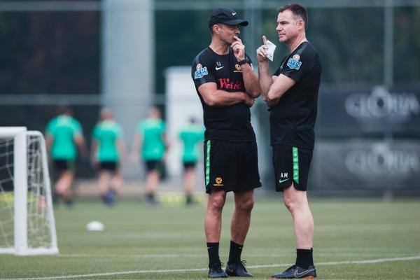Ante Milicic talks tactics with assistant coach Ivan Jolic