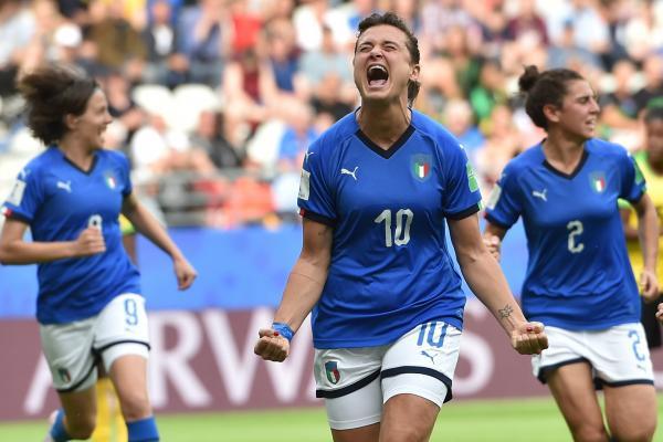 Italy v Jamaica