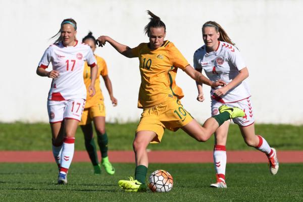 Emily van Egmond vs Denmark at the 2017 Algarve Cup