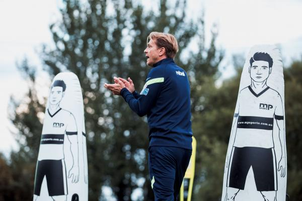 Tony Gustavsson at Matildas training Ireland Sept 2021