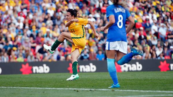 Lisa De Vanna produced a stunning strike to open the scoring against Brazil.