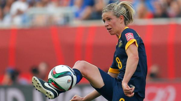 Elise Kellond-Knight controls the ball in the Matildas win over Brazil.